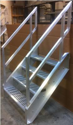 top of welded aluminum handrail - Aluminum Stairs